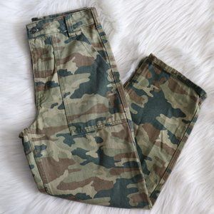 NWOT Free People Remy Camo Printed Pants Size 26